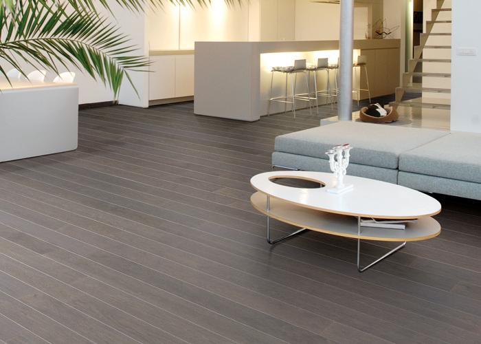 Veneer flooring